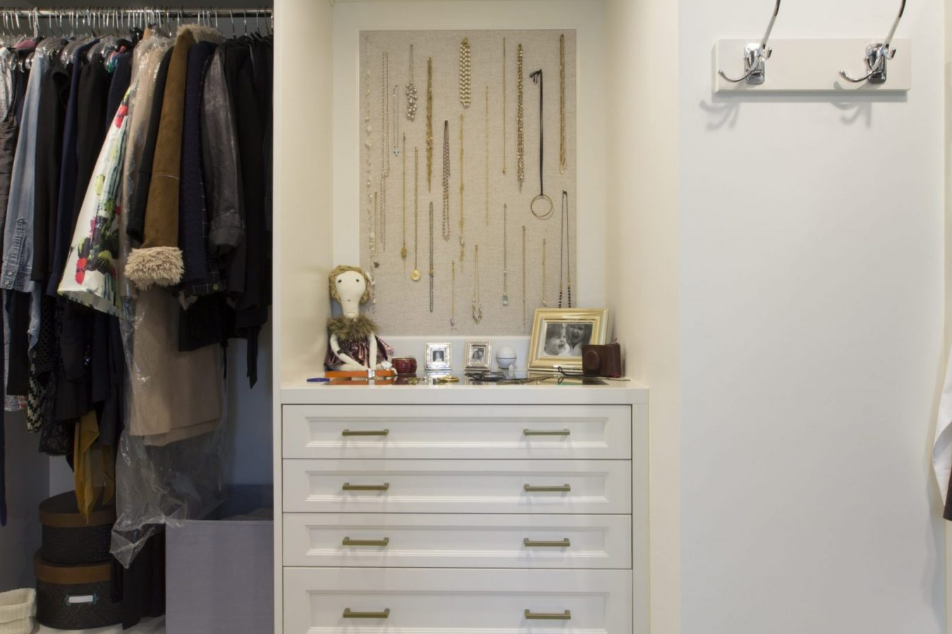 Transitional Closet U2013 Project 1